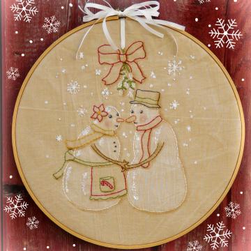 Meet me under the Mistletoe embroidery pattern snowman kissing hhop art #343