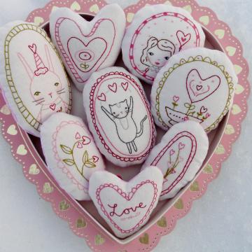 bunny cat flowers hearts ornament pattern