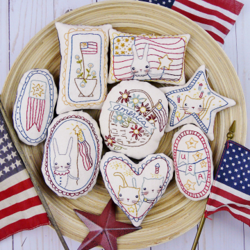 hand embroidery  independence day ornies design