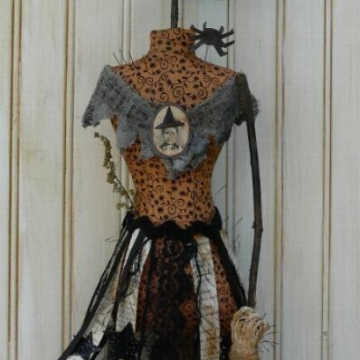 Witch Mannequin pin keep pin cushion dress form pattern