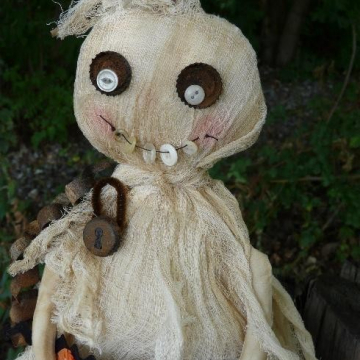 "Prim Halloween ""Boo"" Ghost doll pattern"