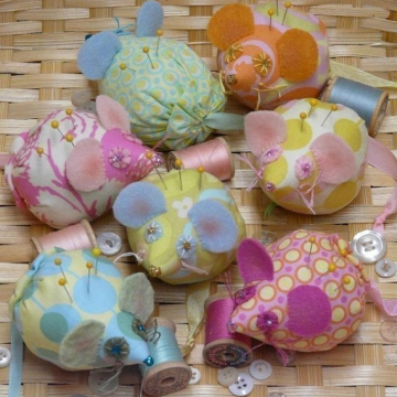 Mice pin cushions pattern mouse fabric felt wool