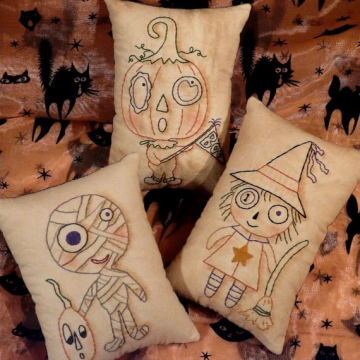 MONSTER MASH Stitchery pattern pillow tuck pin cushion mummy pumpkin witch