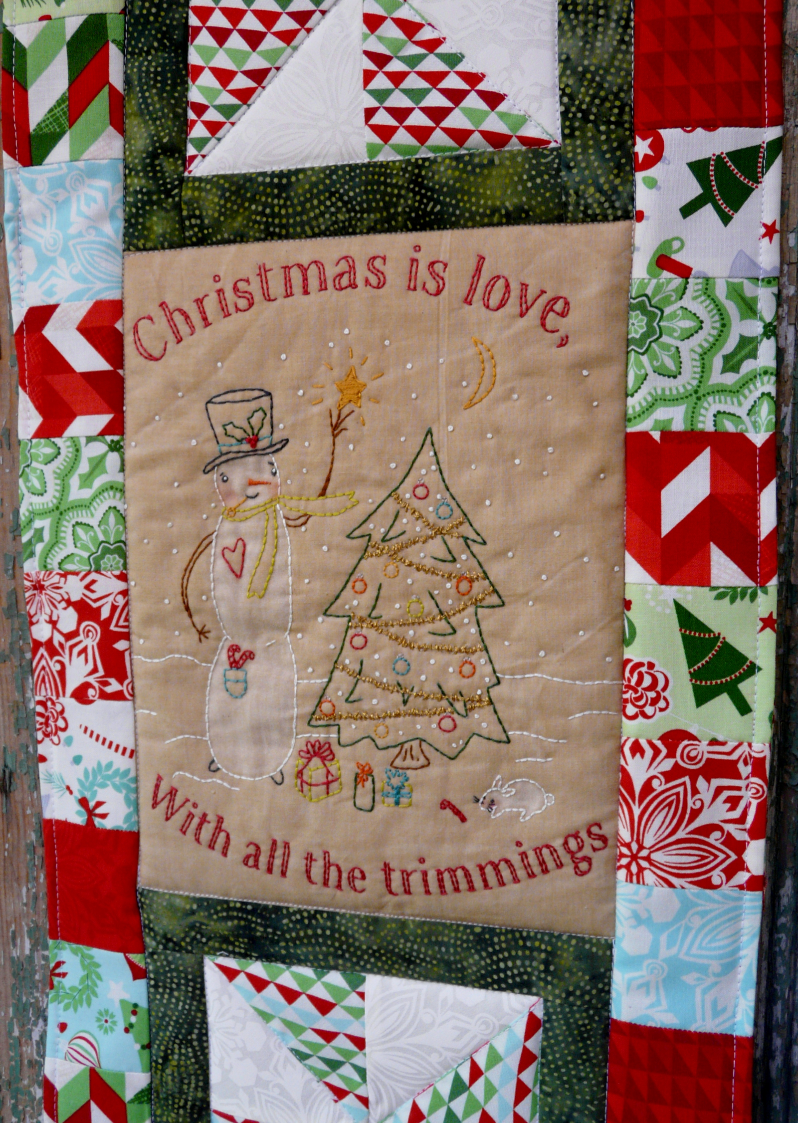 Christmas Is Love Quilted Embroidery Wall Hanging Pattern