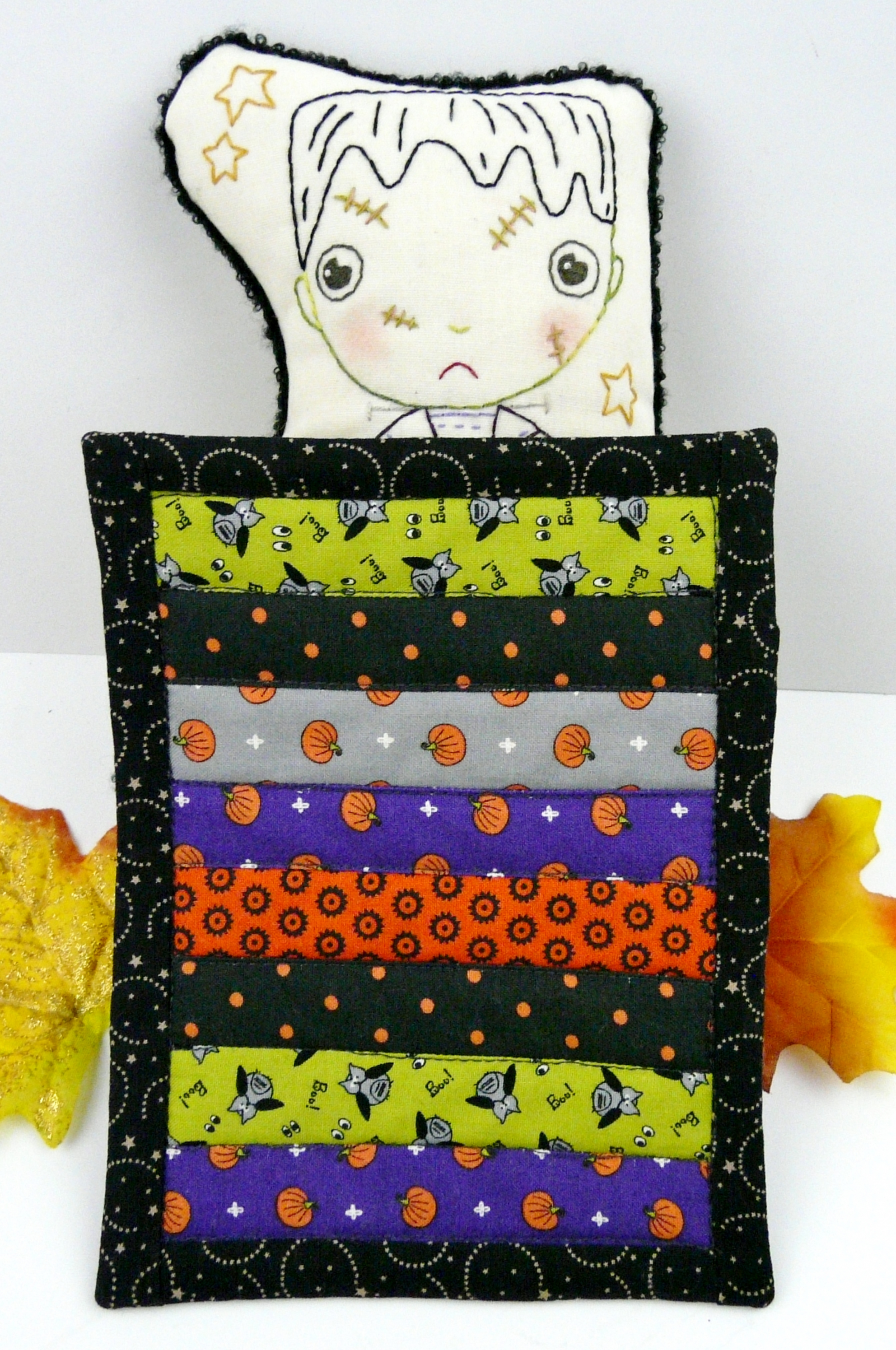 Halloween Frankenstein Embroidery Doll And Mini Quilt Pattern 390